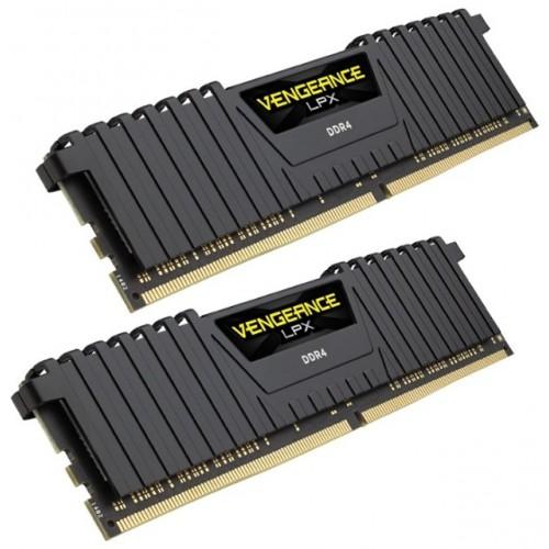 Комплект модулей DIMM DDR4 SDRAM 2*4096Мb Corsair