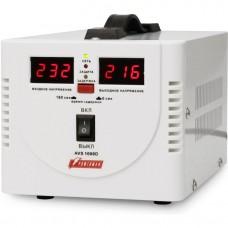 Стабилизатор POWERMAN AVS 1000D, ступенчатый регулятор, цифровые индикаторы уровней напряжения, 1000ВА, 140-260В, максимальный входной ток 7А, 2 евророзетки, IP-20, напольный,  200мм х 150мм х 140мм, 2,3 кг. POWERMAN AVS 1000D