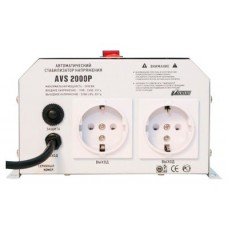 Стабилизатор POWERMAN AVS 2000P, ступенчатый регулятор, цифровые индикаторы уровней напряжения, 2000ВА, 110-260В, максимальный входной ток 15А, 2 евророзетки, IP-20, навесной,  215мм х 270мм х 110мм, 5.2 кг. POWERMAN AVS-2000P